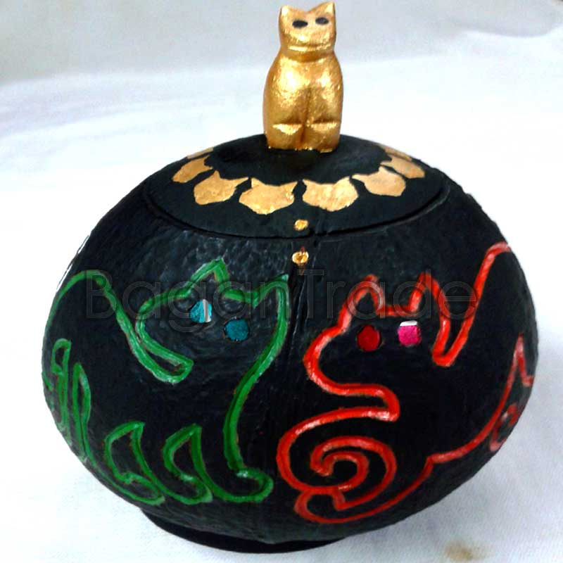The Four Cats Design Coconut Shell Crafts Vootee