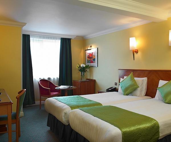 Cheap hotel deals london central