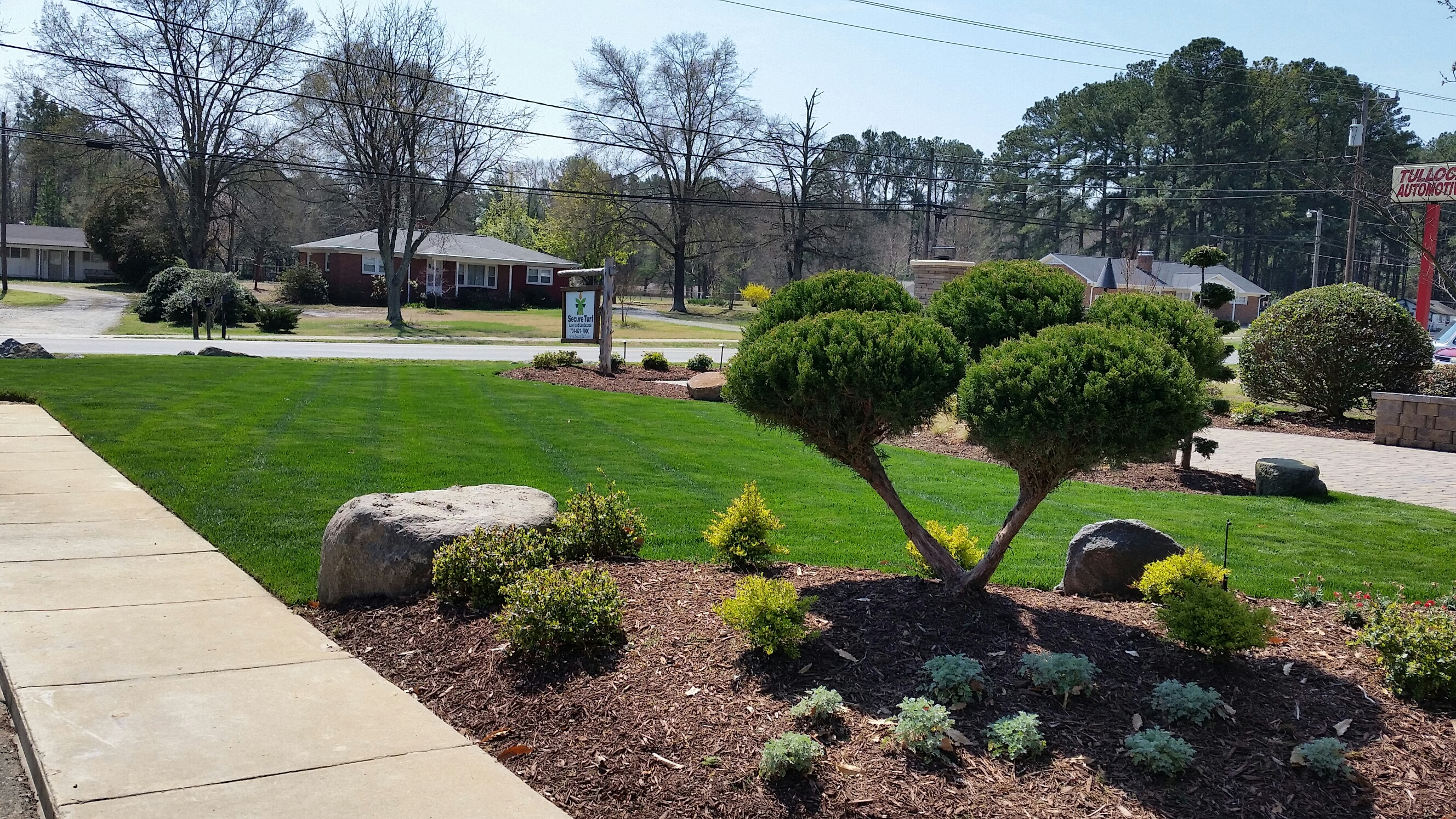 Landscape design and installation lawn care services for Lawn and garden maintenance services